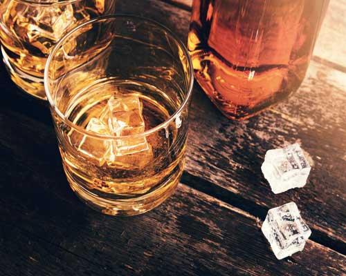 cómo pedir un whisky